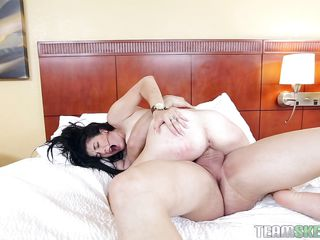 порно телок с маленькими сиськами
