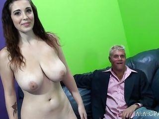 Порно большой член в узкую пизду
