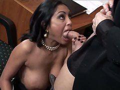 Порно кастинг в офисе