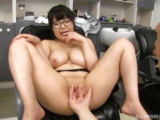 Порно на телефон первый раз