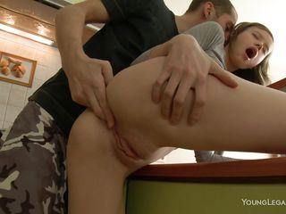 Русское порно жестко в рот