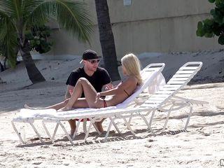Секс на пляже массаж япония