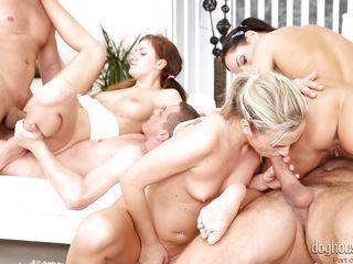 Порно картинки групповуха